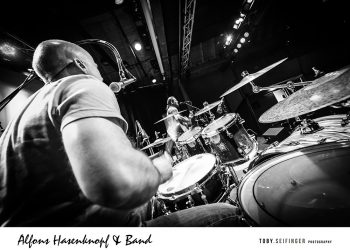 Alfons_Hasenknopf-Band-live-1